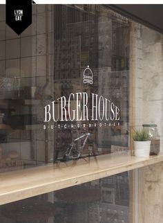 Liking the nice simple approach for this front window Beer Burger, Burger Restaurant, Restaurant Branding, Restaurant Design, Cafe Design, Food Design, Design Ideas, Bar A Vin, Burger Places