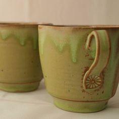Mug apple colour #mug #handmade #amazingcolours #slowlife #barcelona #stoneware #wheelthrown #warmmornings