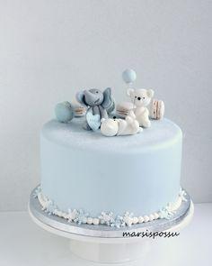 ristiäiskakku Girly Birthday Cakes, Baby Boy Birthday Cake, Baby Boy Cakes, Cakes For Boys, Baby Shower Cakes, Baby Boy Shower, Baby Baby Baby Oh, Jungle Cake, Cool Cake Designs