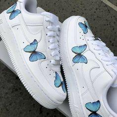 Cute Nike Shoes, Cute Nikes, Cute Sneakers, Nike Air Shoes, Shoes Sneakers, Nike Custom Shoes, Cute Converse, Vans Custom, Classic Sneakers