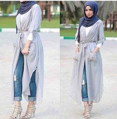 Hijab and abayas is modest Islamic clothing staple attire of women wardrobes either tradition of tre Islamic Fashion, Muslim Fashion, Modest Fashion, Moda Hijab, Mode Outfits, Fashion Outfits, Fashion Heels, Moslem, Cooler Style