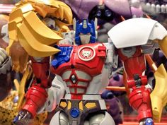 Masterpiece Beast Wars II Lio Convoy Revealed at Tokyo Toy Show 2019 Kimba The White Lion, Transformers Masterpiece, Transformers Toys, Toy Boxes, Box Art, Beast, War, Robots, Tomy