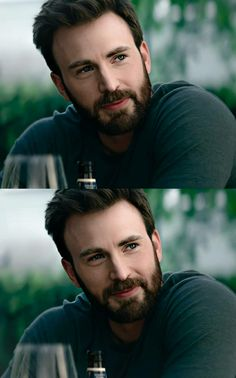 Capitan America Chris Evans, Chris Evans Captain America, Stevie Bear, Best Avenger, Christopher Evans, Robert Evans, Steve Rogers, Hollywood Celebrities, Attractive Men