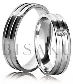 K32 Snubní prsteny z bílého zlata v saténově matném provedení se dvěma lesklými drážkami. Dámský prsten zdobený kameny. #bisaku #wedding #rings #engagement #svatba #snubni #prsteny