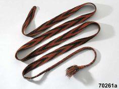 Lagda (flätade) skoband i, guosaga, granmönster. Från 1891 Gällivare, Lulelappmark. Braided shoe bands, guosaga, spruce-pattern, from Gällivare