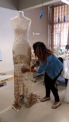 Vestido de noiva 3x1 de doilies feito a mão com saia removivel bordado em 3d