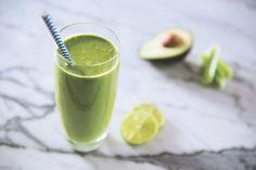 Dieser grüne Smoothie wird euch beim Abnehmen helfen