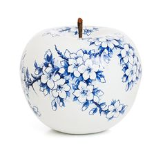 The Royal Blue Collection - Hand painted - Hoog ■ Exclusieve woon- en tuin inspiratie. China Painting, Ceramic Painting, Ceramic Art, Blue And White China, Blue China, Blue Pottery, Ceramic Pottery, Delft, Pottery Painting Designs