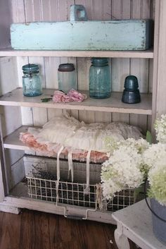 Vintage Decor - I love every single piece!