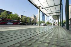 Nuestro partnerBudniktrabaja permanentemente con el fin demejorar las condiciones de circulación en el entorno urbano y desde el año 2005, ha...  http://www.plataformaarquitectura.cl/cl/786397/baldosas-podotactiles-para-circuitos-no-videntes-budnik-y-la-accesibilidad-universal
