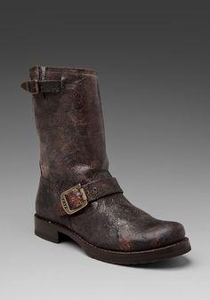 Veronica Short Frye Boot in Chocolate