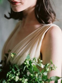 Botanical Wedding Flower Inspirationvia oncewed.com #wedding #bride #organic #bouquet #romantic #greenery #flowers #samuelle #ginnyau
