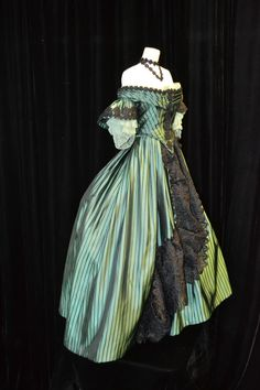 1861-1864 Janet Arnold Dress. This gown was actually made to half-size measurements.