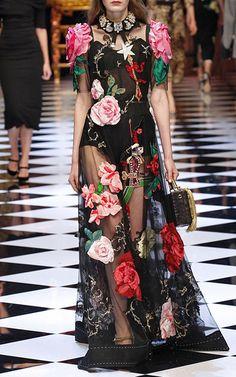 162 melhores imagens de dolce gabbana   Dolce   Gabbana, Short set e ... c631ad5aa6