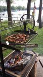 Original Braten Campfire Grill – Engelbrecht- Craftsmen Built Wood Fired Grills Bbq Smoker Trailer, Bbq Pit Smoker, Fire Pit Grill, Bbq Grill, Rustic Outdoor Kitchens, Outdoor Kitchen Patio, Outdoor Oven, Outdoor Cooking, Fire Pit Liner
