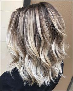 See this Instagram photo by @jilmorrishair • 73 likes | TRU ... #Frisuren2018 #HairStyles #bobfrisuren2018 #ModerneFrisuren #frisuren2018frauen #kurzhaarfrisuren2018 #frisurenmänner2018 #frisuren2018frauen #Manner Frisuren2018Trendy ash-blonde Frisurenvariieren mächtig, denn ebendiese zu tun sein sorgfältig ausgewählt werden, um in Friede-Freude-Eierkuchen mit Ihren in...