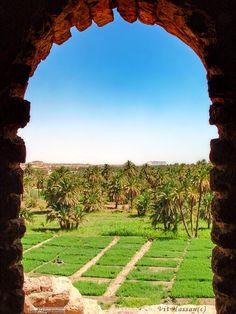 View through mosque minaret. El Kurru,Northern Sudan منظر من خلال مئذنة مسجد، الكرو، شمال السودان (By Vit Hassan) #sudan #elkurru #mosque #minaret #northern