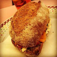 Adriano, panino vegano