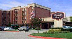 Hampton Inn Plano-North Dallas Plano This hotel is 6 miles from downtown Plano, Texas and the Cavanaugh Flight Museum. It features spacious rooms with a 37-inch flat-screen TV and serves a daily breakfast buffet.