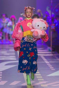 "✦✧ on Twitter: ""leaf xia 2019… "" Japon Street Fashion, Japanese Street Fashion, Tokyo Fashion, Harajuku Fashion, Live Fashion, Runway Fashion, Fashion Show, Fashion Looks, Fashion Design"