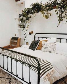 o alomejor plantitas arriba de la cama.