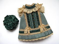 Tiny Dress and hat for Antique French or German Doll in Dolls & Bears, Dolls, Antique (Pre-1930), Bisque, German | eBay