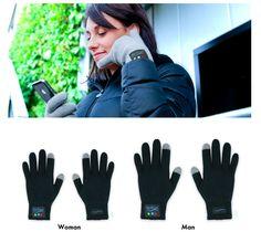 A bluetooth kesztyűvel a telefonálás csak egy kézmozdulat * Using your phone only takes a handgesture with the bluetooth gloves