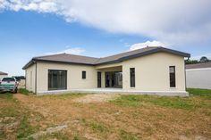 Nous avons eu le plaisir d'accompagner M. Benazet lors de sa remise des clés, début juillet dernier. Depuis ce jour, il est l'heureux propriétaire d'une maison Toits de Province sur la commune de Villette d'Anthon (38). #toitsdeprovince #maison #construction