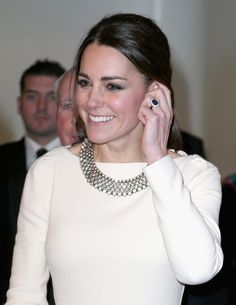 Kate Middleton's 18-carat oval sapphire ring is surrounded by diamonds and was first worn by Princess Diana.