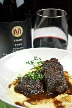 bangin' short ribs recipe   braised with ancho chili spiced-syrah reduction