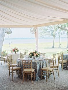 Photography: Ryan Ray Photography - ryanrayphoto.com   Read More on SMP: http://www.stylemepretty.com/2016/08/11/classic-charleston-plantation-wedding/