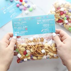 Teach your kids the meaning of Easter with this easy Easter Story Snack Mix. The free printable label makes this simple to put together too! Easter Snacks, Easter Treats, Easter Trail Mix, Kid Desserts, Easter Desserts, Easy Easter Recipes, Easter Baskets For Toddlers, Trail Mix Recipes, Easter Activities