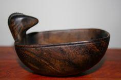 Antique Native American Burl Effigy Bowl Early Folk Art Primitive Wood Carving   eBay  Sold   1150.00.
