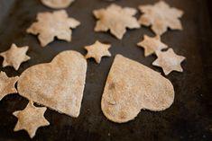 Miia Metso: Helppo, halpa leivonta lasten kanssa: Itsetehty nä... Cookies, Desserts, Food, Crack Crackers, Tailgate Desserts, Deserts, Biscuits, Essen, Postres