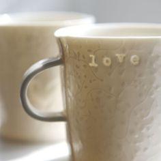 Chytám slunce...srdcový (porcelán) Porcelain, Mugs, Tableware, Design, Porcelain Ceramics, Dinnerware, Tumblers, Tablewares, Mug
