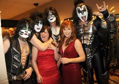 Reba McEntire, Kelly Clarkson and KISS backstage at the 2012 ACM Awards