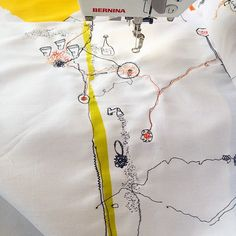 Our fan @clairewoolseytextileartist is making some amazing stitch sketches with her BERNINA!