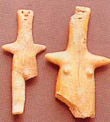 Ceramic small statues of male and female divinities, S. Giuliano, Sicily, 2220-1600 BC.