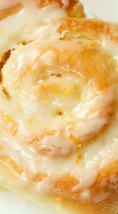 One of our favorite morning treats! A sweet roll recipe made with an orange filling and an irresistible lemon glaze. Everyone loves these delicious Orange Rolls! Bread And Pastries, Breakfast Pastries, Breakfast Dishes, Breakfast Cooking, Breakfast Healthy, Sweet Breakfast, Breakfast Ideas, Breakfast Recipes, Orange Recipes