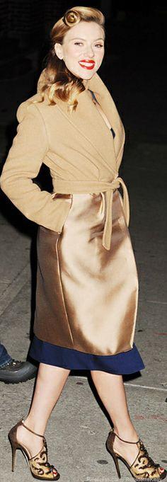 Scarlett Johansson / Street Style