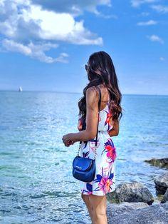 Fashion- Michael Kors Crossbody Bags Michael Kors Crossbody Bag, Handbags Michael Kors, Leather Crossbody Bag, Crossbody Bags, Canada Day Long Weekend, Weekend Outfit, My Boyfriend, Jet Set, Stylish