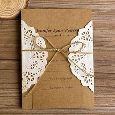 vintage rustikal spitze tasche wedding einladungskarten hochzeit 2014 mit jute seil Rustikal Spitze Einladungskarten Hochzeit 2014 bei optimalkarten.de
