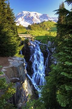 to go: Myrtle Falls, Mt. Rainier National Park, USA (Photo by vtgohokies) Beautiful Waterfalls, Beautiful Landscapes, Places To Travel, Places To See, Beautiful World, Beautiful Places, Landscape Photography, Nature Photography, Photos Voyages