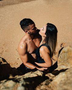 Foto com um angulo muito bom Algarve, Portugal, Couple Photos, Couples, Ideas, Hale Navy, The Beach, Nice, Pictures