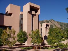 I. M. Pei - Mesa Laboratory of the National Center for Atmospheric Research