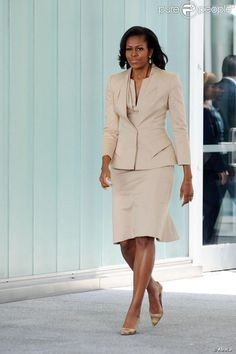 First Lady Michelle Obama .Work, love this look