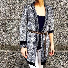Double Face #aymara #knitwear #cardigan On Sale 154,50€ in our web-shop https://www.goodshaus.com/AYMARA-Strickjacke-Liv-Navy