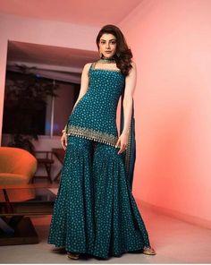 Party Wear Indian Dresses, Designer Party Wear Dresses, Indian Bridal Outfits, Indian Gowns Dresses, Indian Fashion Dresses, Dress Indian Style, Indian Designer Outfits, Indian Ladies Dress, Indian Designers