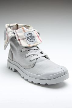 Palladium Baggy Boot Vapor Khaki. Love the interior pattern on these. So dope. $54.99 on JackThreads right now