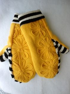 upcycled repurposed felted wool sweater fleece lined bright yellow floral flower black white striped bumble bee cuff mittens Sweater Mittens, Wool Sweaters, Vintage Jewelry Crafts, Diy Jewelry, Jewelry Making, Old Sweater Crafts, Wool Felt, Felted Wool, Remake Clothes